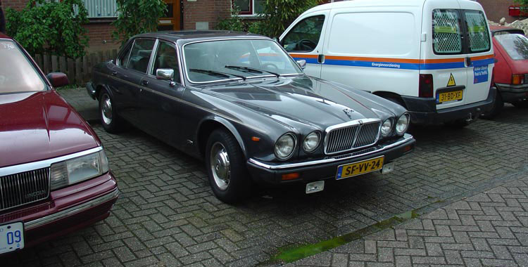 Jaguar XJ6 series 3 Sovereign from 1986 with a leaking radiator, I decided not to buy.